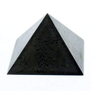 Pyramide en shungite 4 ou 7cm